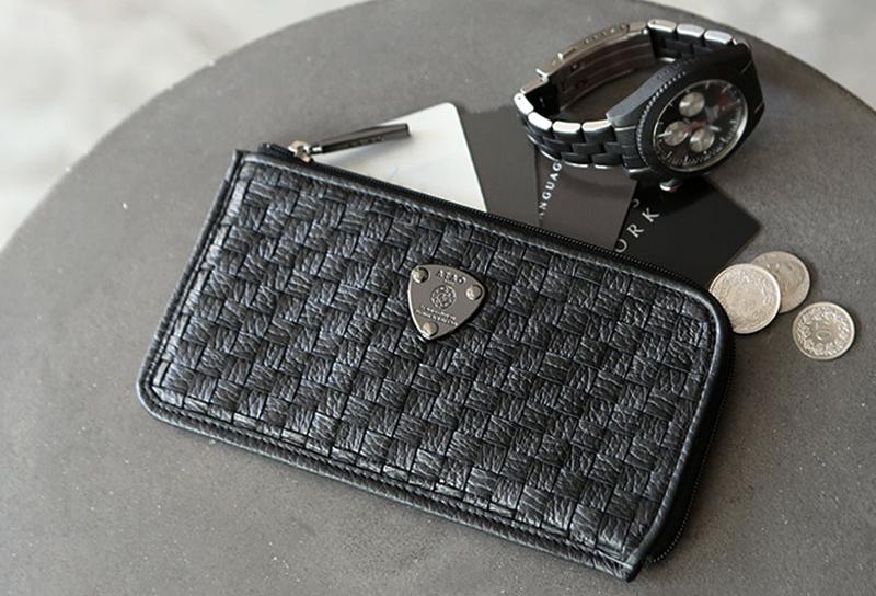 おしゃれなメンズ財布ブランド38選|大人の男性に似合う人気ブランドのメンズ財布をご紹介