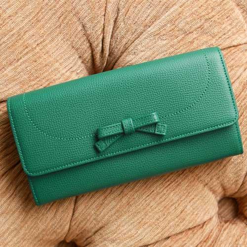 金運&運気アップする緑の財布のおすすめ傳濱ーナウォレット