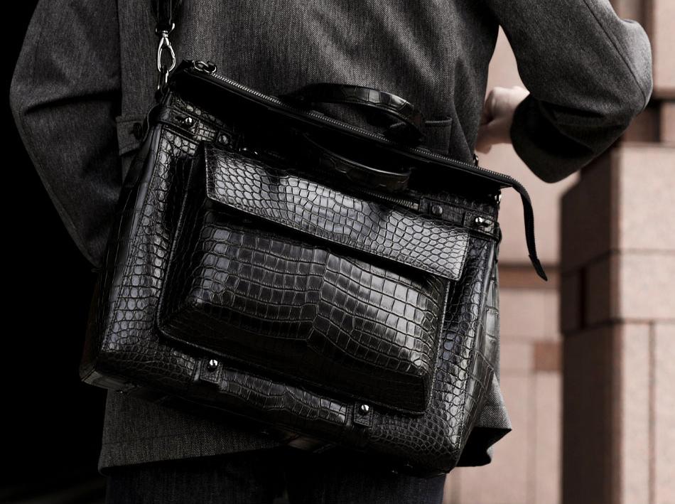 メンズバッグのおすすめは池田工芸のショルダー