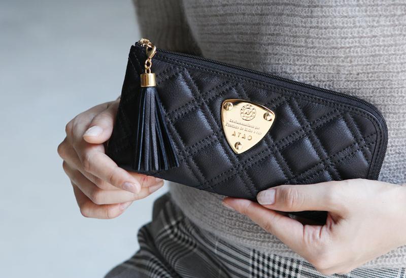 ATAOの黒財布 リモ ブラックダイヤモンド