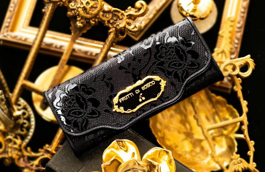 FRUTTI DI BOSCOの黒財布 セーラ メルレット ブリリアントブラック