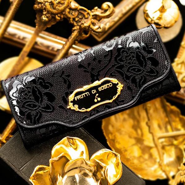 お金を引き寄せ守る黒い財布 FRUTTI DI BOSCO セーラ メルレット ブリリアントブラック