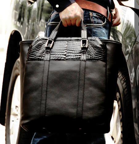 メンズのバッグの定番「トートバッグ」のおすすめ 池田工芸 クロコダイル トートバッグ