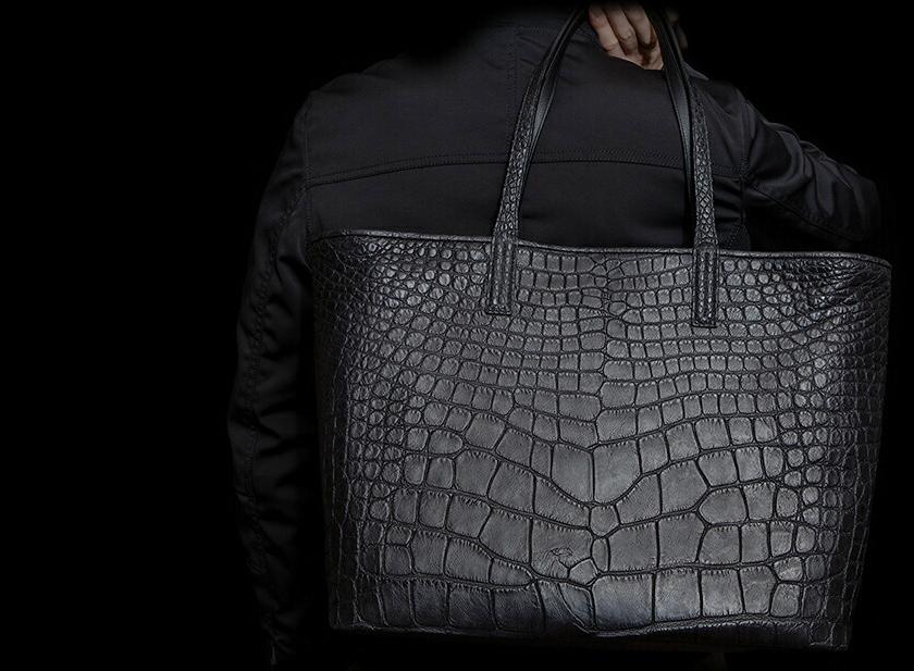 人気ブランドのメンズバッグ、おすすめは池田工芸のヴィンテージアリゲータートートバッグ