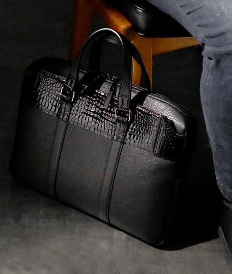 ブリーフケースのおすすめは、池田工芸のクロコダイル ブリーフバッグ ビクター